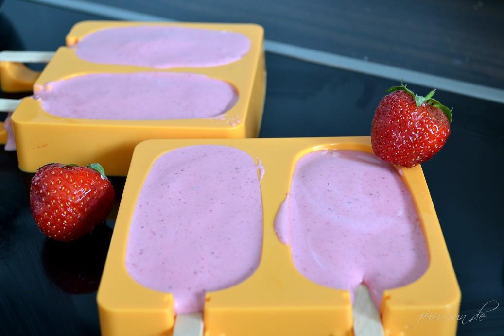 Erdbeer-Quark-Eis 03