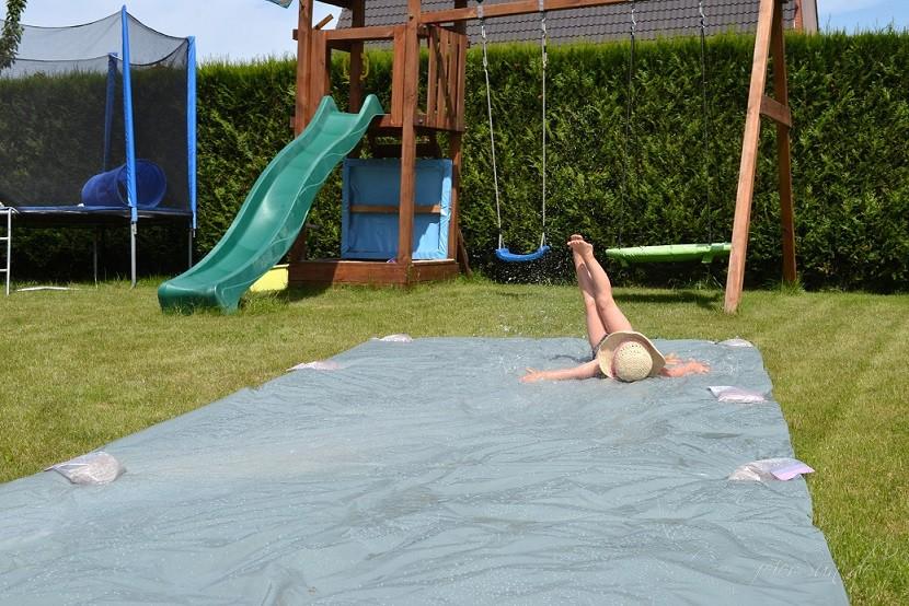 Wasserrutsche Ferienspaß Spaß haben (3)
