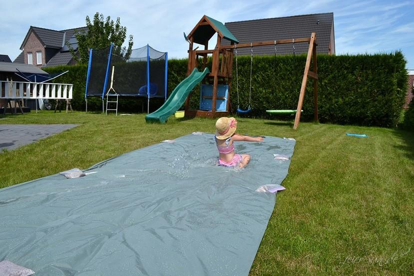 Wasserrutsche Ferienspaß Spaß haben (4)