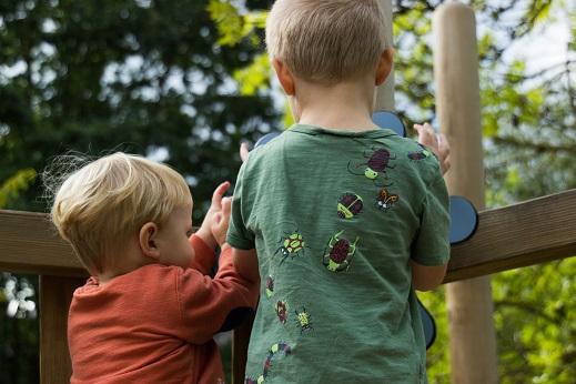 20 Tatsachen über familiewitz und das erste Lebensjahr mit einem Schreikind Kinder