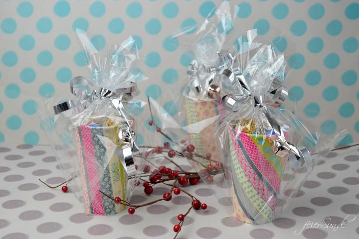 Geschenkebecher - Plaetzchen gut verpackt Ergebnis bunt