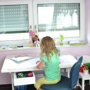 Die Vorschule steht an - Platz für das Vorschulkind wenn kleine Kinder gross werden und dabei unaufhaltsam ihren Weg gehen, dann bleibt uns nur, sie zu unterstuetzen und da zu sein_Motte