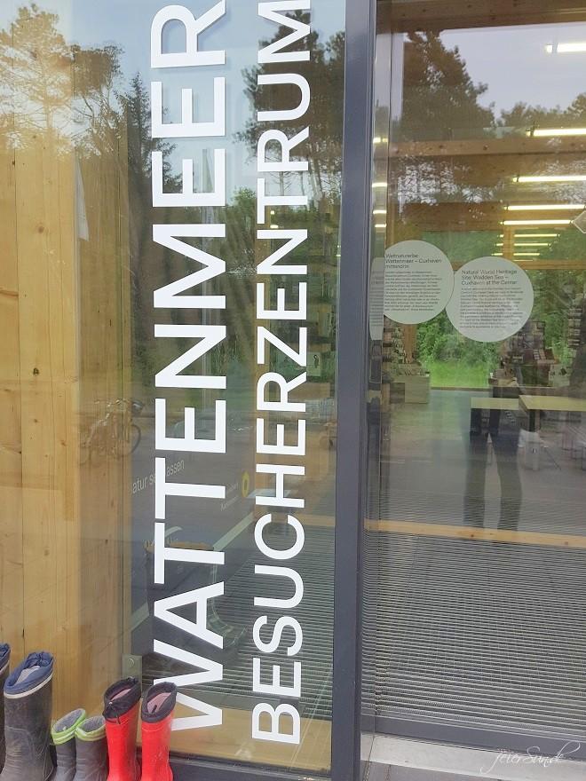 mein Wattenmeer cuxhaven unser Ausflug in das Besucherzentrum das Unesco Weltnaturerbe vor dem Eingang