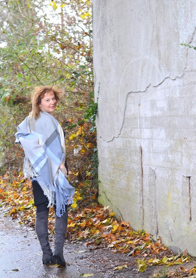 Kleid mit Poncho - Alte Liebe neu entdeckt_alltagstauglich werden alle kleider