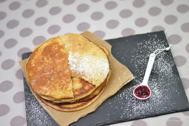 Pannenkoeken_der-Geschmack-von-Kindheit_ein-Rezept-aus-meiner-Kindheit-Holland-Niederlande_Pfannkuchen