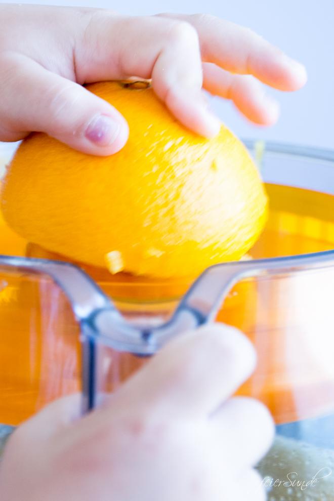 erfrischende orangen limonade einfach selber machen. Black Bedroom Furniture Sets. Home Design Ideas