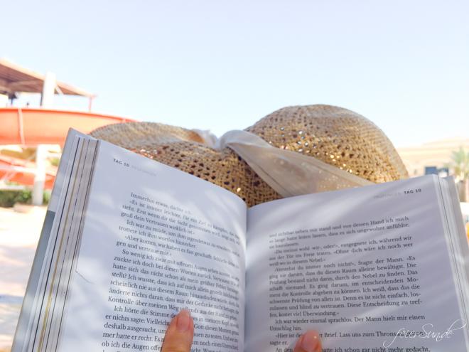 Ihr findet ganz viele Dinge bei mir, aber wenig Bücher für Erwachsene. Daher stellt Biggi 4 Buchtipps für den Sommer vor.