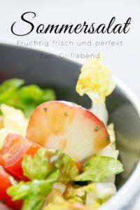 Ich zeige dir den perfekten Sommersalat. Er ist ist bunt, lecker & passend für die GrillSaison. Fruchtig, frisch mit Pfirsichen, Cocktailtomaten & süßen Kürbiskerne. feierSun.de I Fotografie & Lifestyle