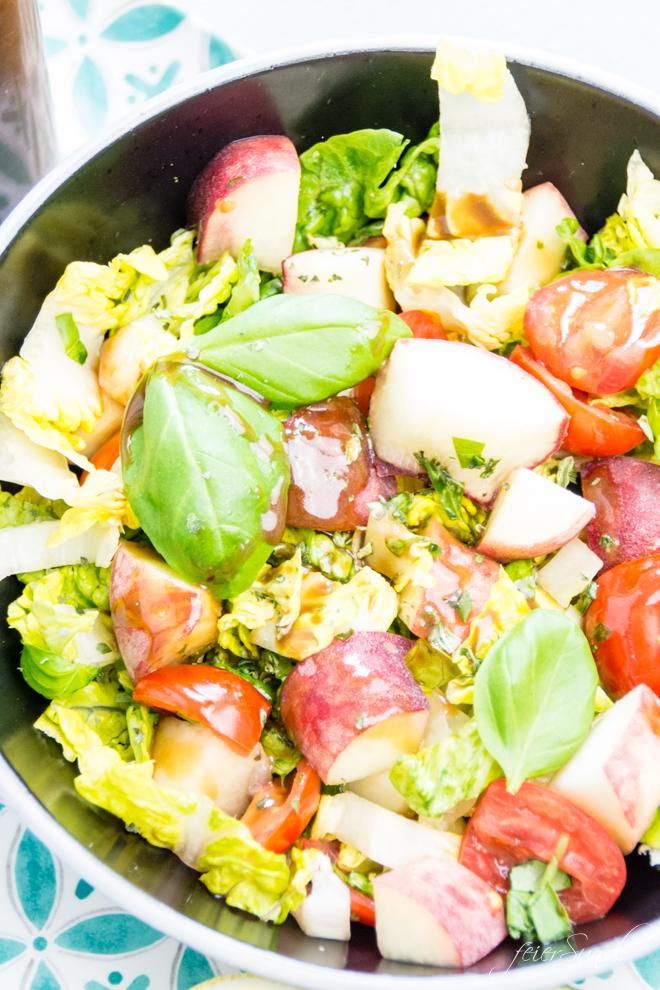 feierSun.de zeigt den perfekten Sommersalat. Er ist ist bunt, lecker & passend für die GrillSaison. Fruchtig. - feierSun.de I Familienleben - Lifestyle - Herz