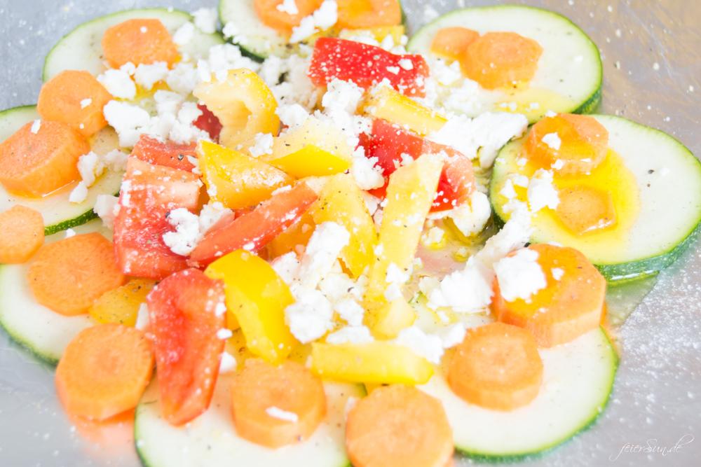 Wie bekommt man Grillgemüse in das Kind hinein? In dem man es in bunte GemüsePäckchen steckt. Mit Kindern kochen. Lebensmittel erleben.