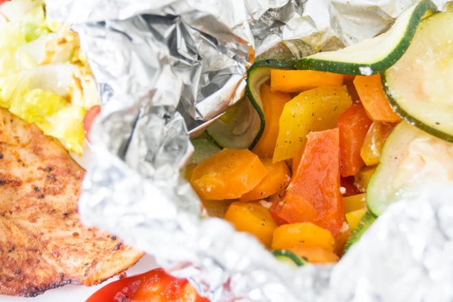 feierSun.de zeigt heute, wie man Gemüse in das Kind bekommt. In dem man es in bunte GemüsePäckchen steckt. Kochen mit Kindern. Lebensmittel erleben. Nicht nur für kleine Kinder. feierSun.de I Familienleben - Lifestyle - Herz