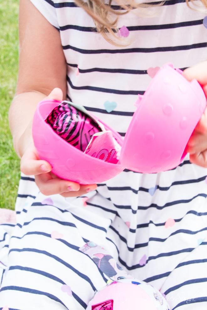 """feierSun.de zeigt heute Euren Kindern Überraschungen sich hinter """"L.O.L. Surprise!"""" verbergen kann.7 spannende Überraschung zum Sammeln und Spielen."""