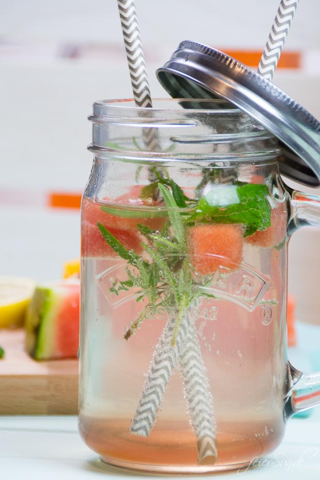 feierSun.de zeigt wie Du sogar aus Gemüse einen Sirup selber machen kannst. Das Rezept für Wassermelonen-Sirup macht die Wassermelone trinkbar. feierSun.de I Familienleben I Lifestyle I Herz feierSun.de