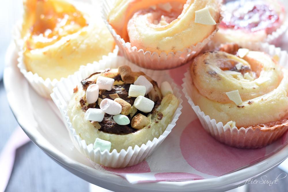 Super einfache Blätterteigschnecken mit süßer Füllung. Backen mit Kindern. Blätterteigmuffins als Partyfood. Schnell und einfach // Rezept feierSun.de Familienblog - Lifestyle-Blog