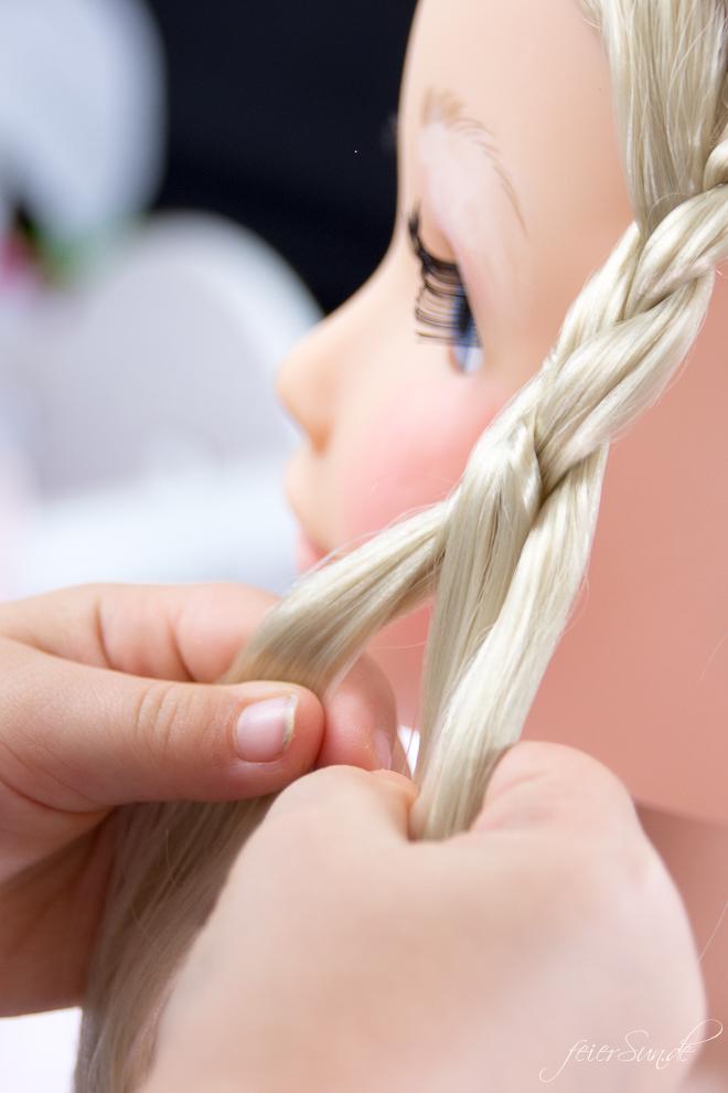 Spielspaß für kleine Nachwuchs-Stylistinnen und das perfekte Geschenk ist die BABY born® Sister Styling. Ein Frisierkopf und Puppenkopf von Zapf Creation // Meine #Geschenkidee #motirik von feierSun.de