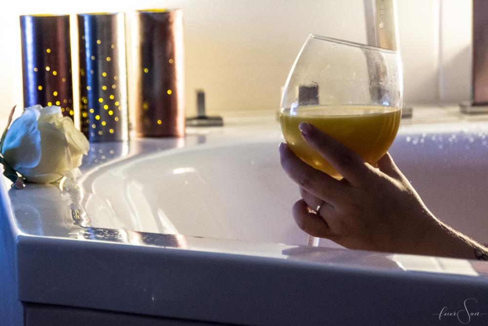 Wann hast Du Dich das letzte Mal entspannt? Entspannung mit den den Badeperlen von Kneipp® inkl. einem leuchtenden Upcycling DiY für Dich