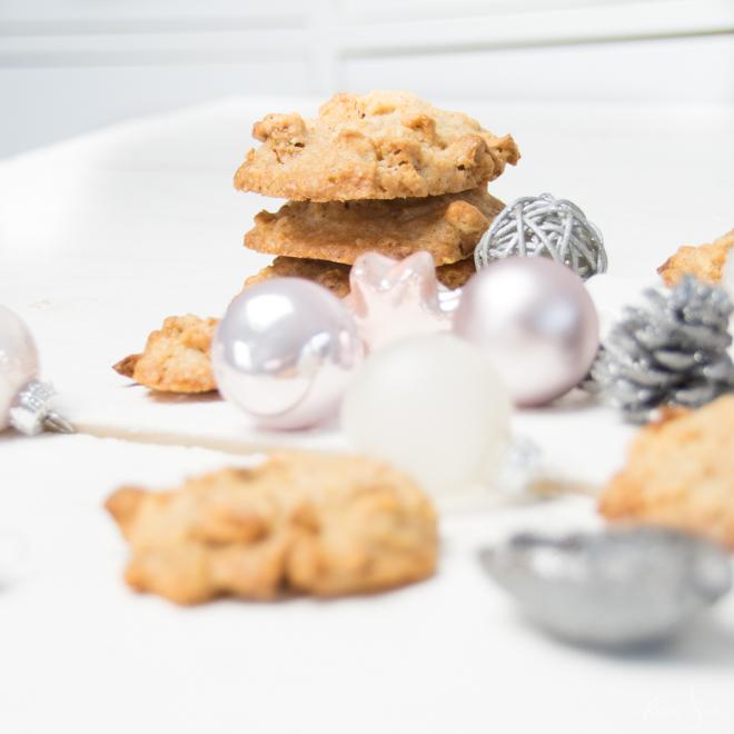 Aus meiner Weihnachtsbäckerei: Mein einfaches Cookies Rezept für feine Apfel-Karamell-Cookies und Gedanken über das Backen mit Kind // #feierSun #Backen #Weihnachten #Cookies #BackenmitKindern