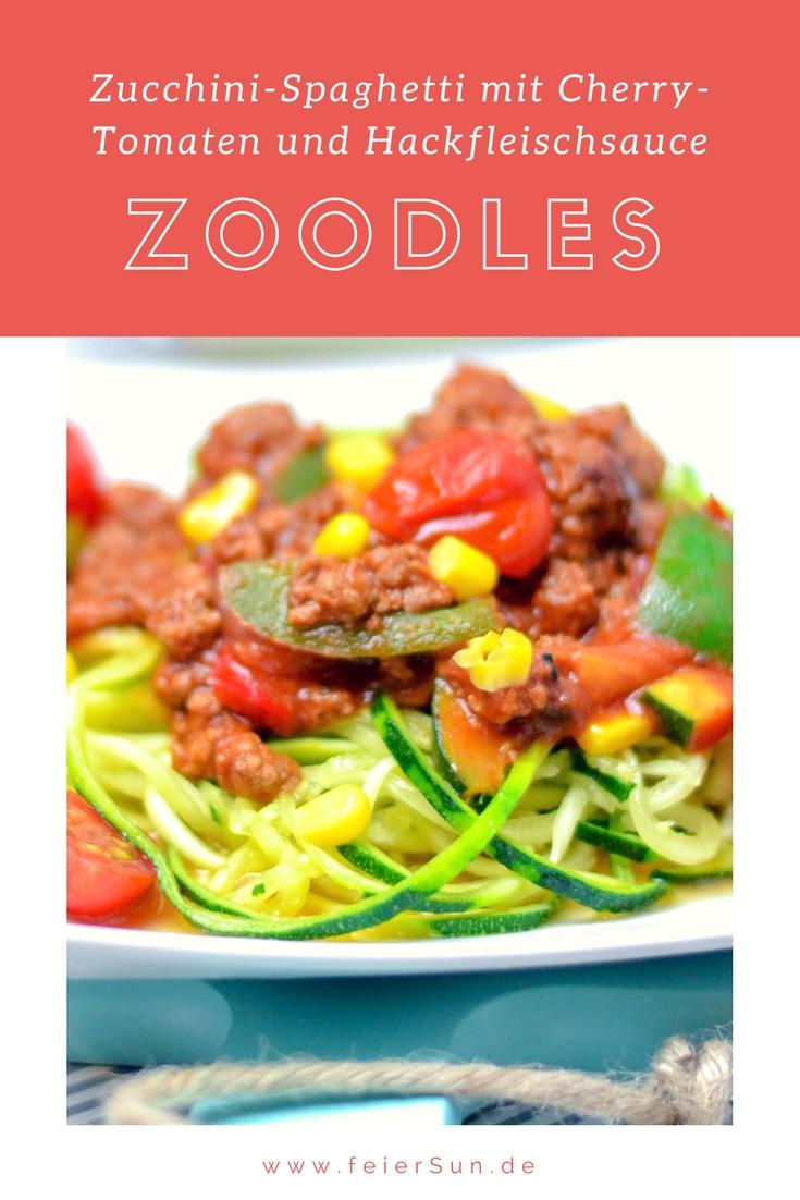 Kennst Du Zoodles? Das sind gesunde Zucchininudeln für Zucchini Pasta in diesem Fall Zucchini-Spaghetti. Ein leckeres Rezept in dem ich dir zeige wie einfach man wie man Zucchininudeln macht und die sogar Low Carb sind. || #feierSun #feierSunFood #Rezept ||