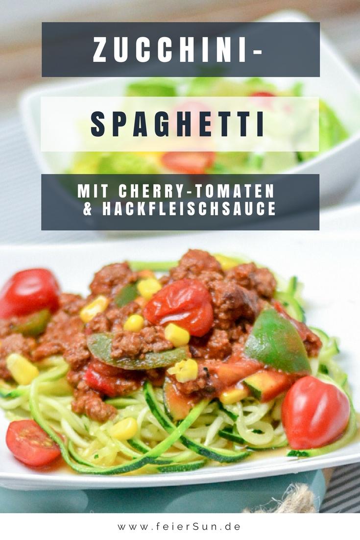 Leckere Zoodles sind gesunde Zucchininudeln für Zucchini Pasta in diesem Fall Zucchini-Spaghetti. Ein leckeres Rezept in dem ich dir zeige wie einfach man wie man Zucchininudeln macht und die sogar Low Carb sind. || #feierSun #feierSunFood #Rezept #Zucchininudeln #Gemüse #LowCarb ||