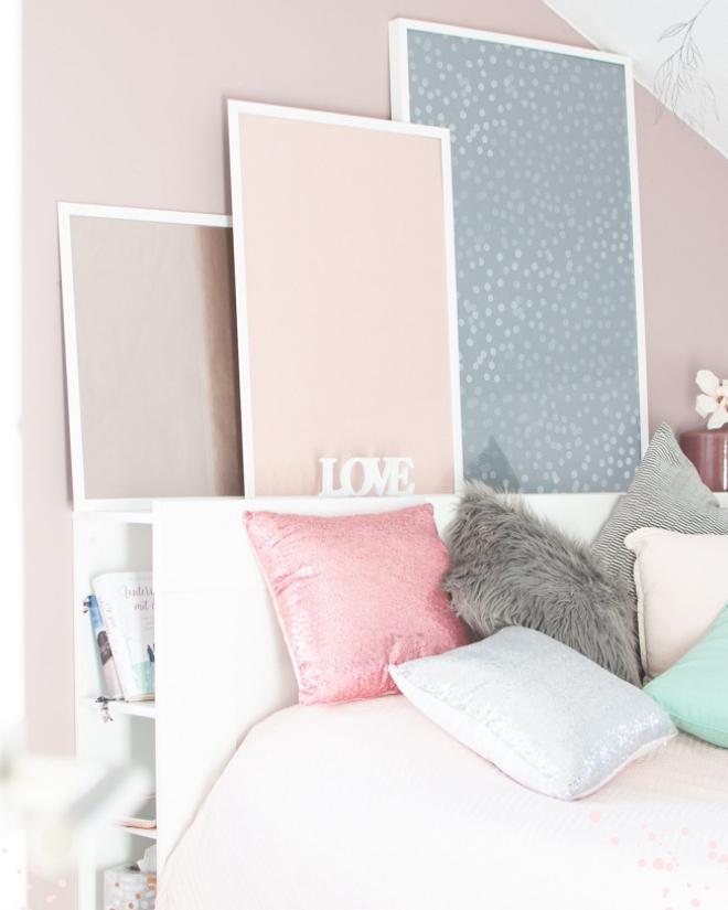 Pimp my Bilderrahmen und zaubere eine coole Bilderwand in dein Schlafzimmer ohne viel Aufwand und Kosten. DiY Interieur Hack aus einfachen Mitteln mit großer Wirkung. Minimalen Mitteln maximale Wirkung. Ikea Hack Low Budget. Ikea Ribba. Ikea Hack Wand Bild. Gestalte Dein Heim, wie es dir gefällt.   schöne Do It Yourself Bild ist der Hingucker in jeder Wohnung! Preiswert, originell und super schnell gemacht!    #feierSun #feierSunDiY #PimpmyHome #Bilderrahmen