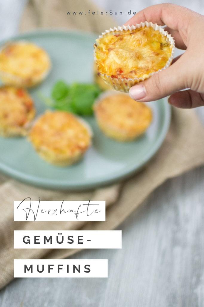 Leckere Gemüsemuffins sind herzhafte Muffins für kleine Feinschmecker und große Leckermäulchen. Muffins mit Gemüse schmecken in jeder Form nicht nur süß und mit nur minimalen Kohlenhydraten ist es ein leckeres Low-Carb Rezept aus dem Buch Kochen und backen mit der Maus. Ein laktosefreies Party-Muffin-Rezept | #feierSun #feierSunFood #Gemüsemuffins #foodforKids